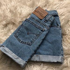 """Levi's Denim High Waisted Shorts 25"""""""